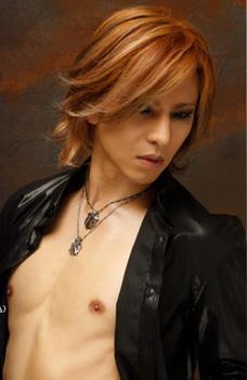 Yoshiki04.jpg