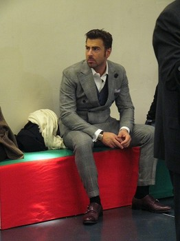 suit02.jpg
