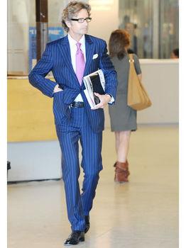 suit06.jpg